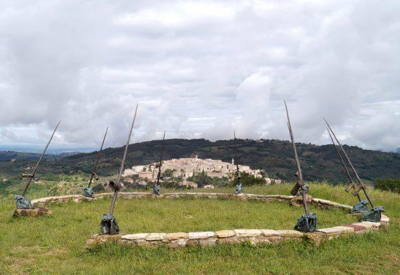 Daniel Spoerri im Skulpturengarten Seggiano, Italien 3-2