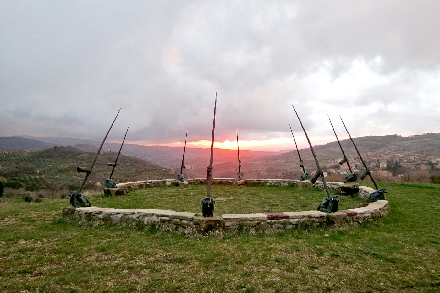 Daniel Spoerri, Landschaft im Skulpturengarten Seggiano, Italien 3