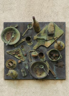 Fallenbild Daniel Spoerri im Skupturenpark Seggiano Italien