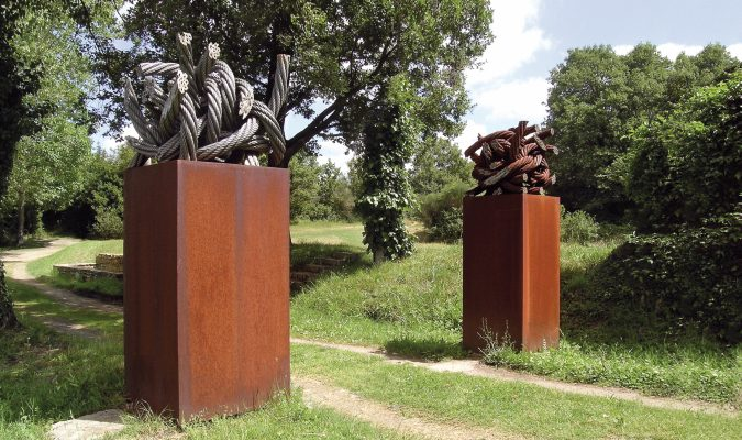 Till Augstin im Giardino di Daniel Spoerri 70-1